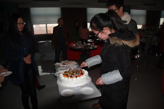 歡迎來到華文2月生日會現場!